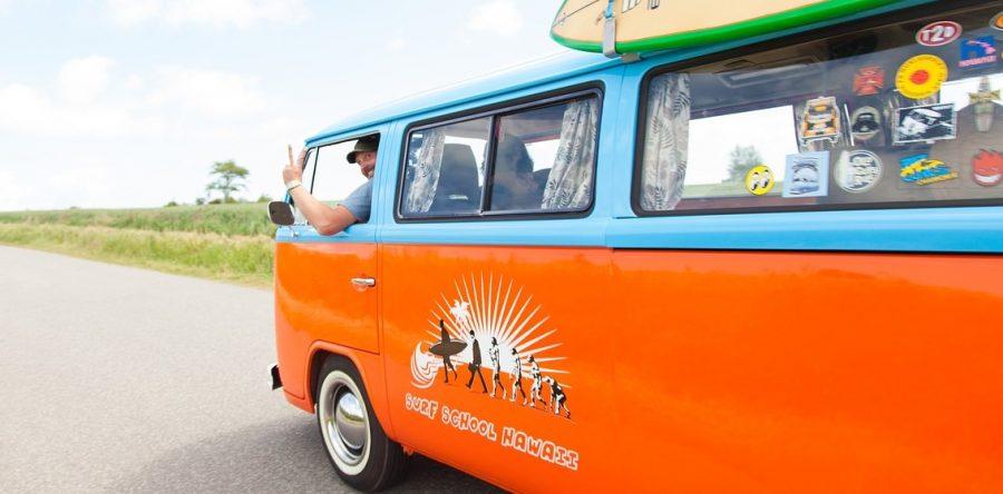Urlauber als Opfer fieser Bandentricks – 7 Sicherheitstipps für Ihre Urlaubsfahrt