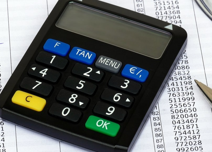 Falsche Bankmitarbeiter räumen Konten ab: So schützen Sie sich – 5 Tipps