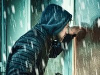Wie Einbrecher Sie ausspionieren – 10 Sicherheitstipps